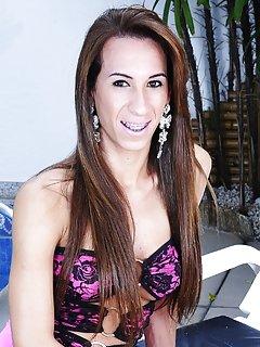 Sabrina Carmargo