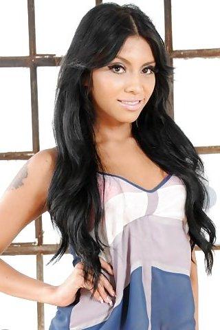 Natalie Foxx