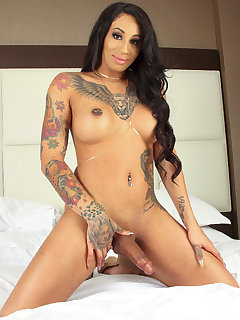 Honey Foxxx