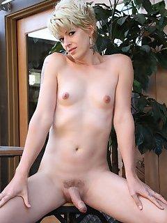Evie Eliot