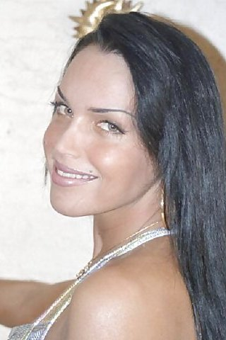 Natasha Dumont