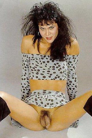 Julie Bond