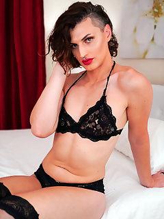 Allysa Etain