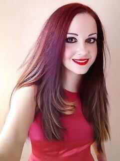 Elena Cox