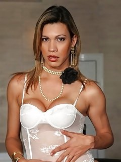 Leticia Yanoviti
