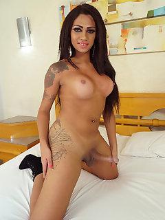 Leticia Le Farias