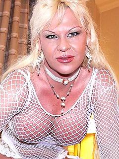 Lisa Paradise