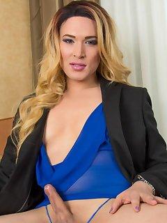 Lana Knight