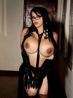 Kendra Santiago