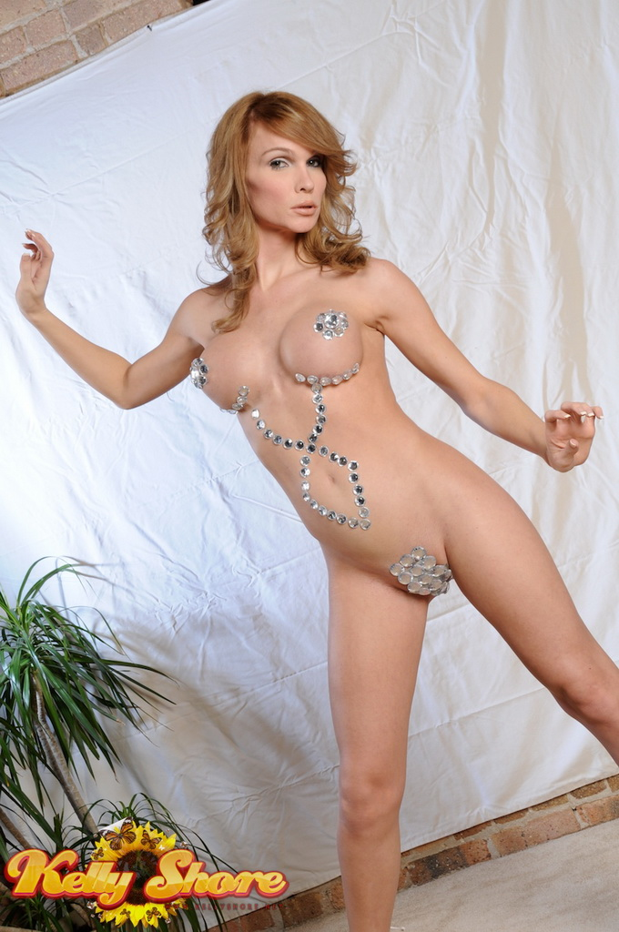 Hot shaved cowgirl