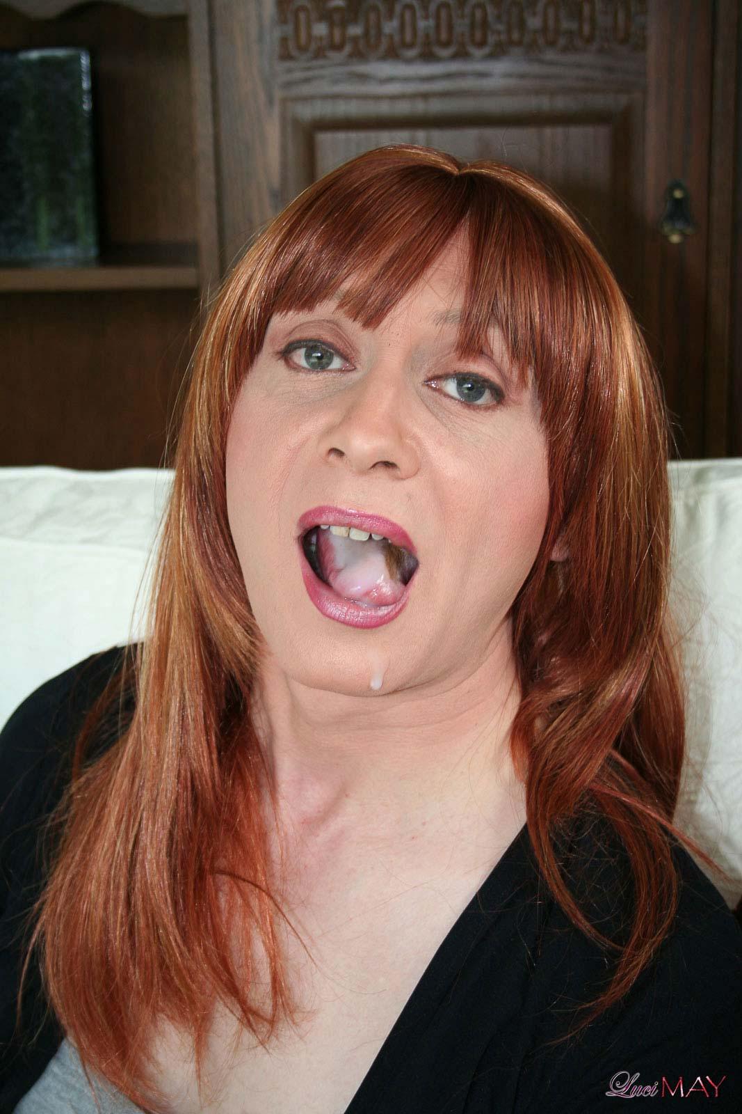 Redhead Cum Swallow 100