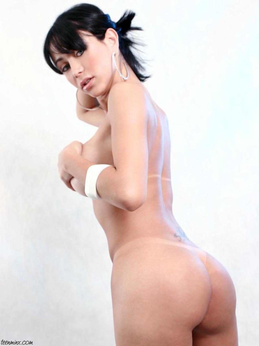 cumshot Paula melo