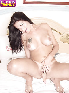 Adorable Tranny Shows Her Body