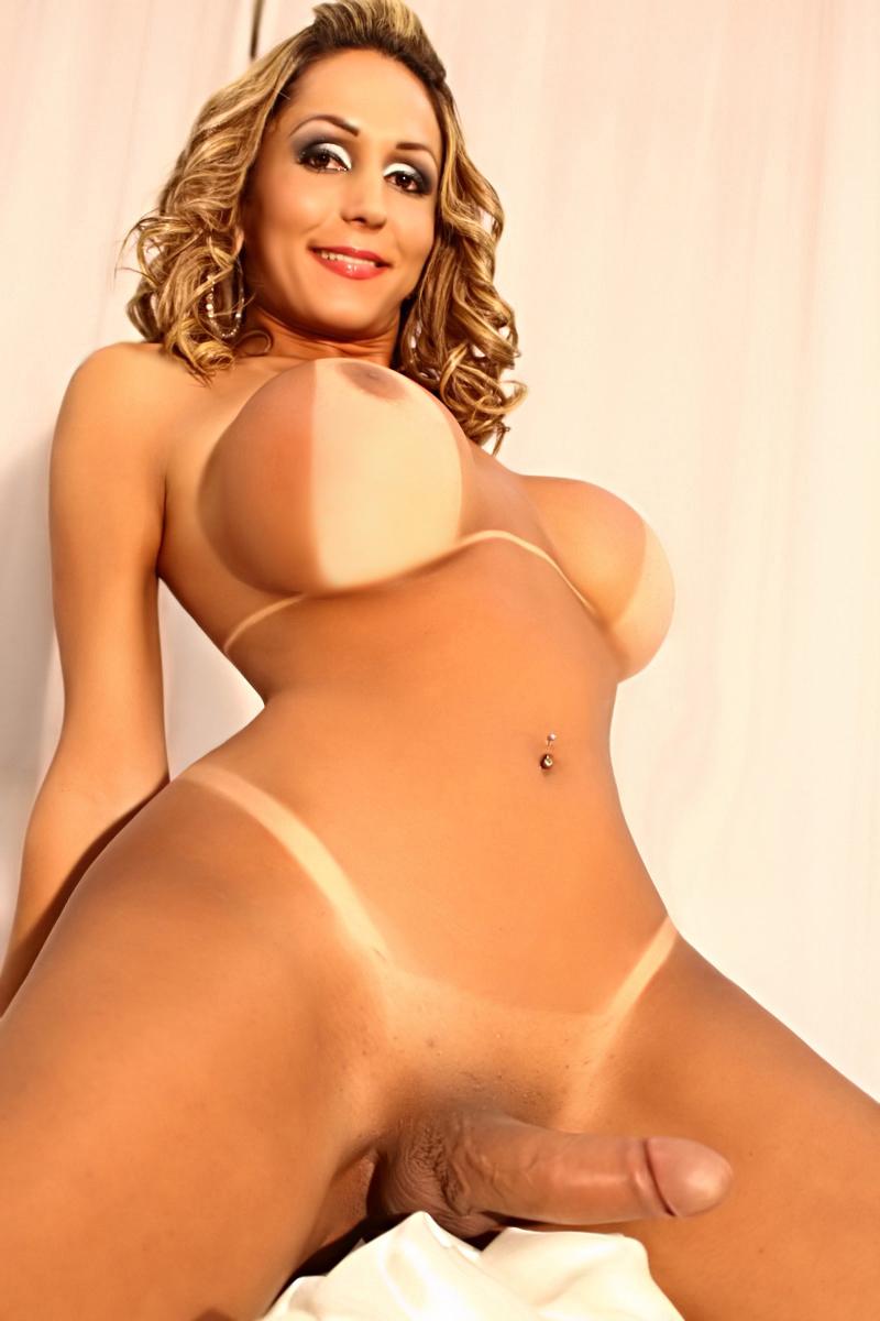 A linda transex Kariny Hilton - Só Travestis