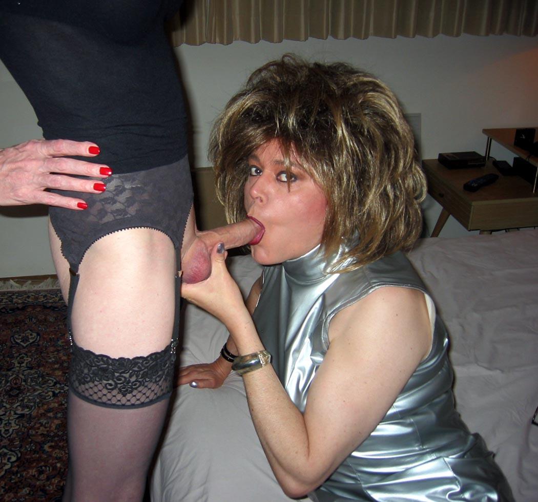 Free porn crossdresser in oral pics