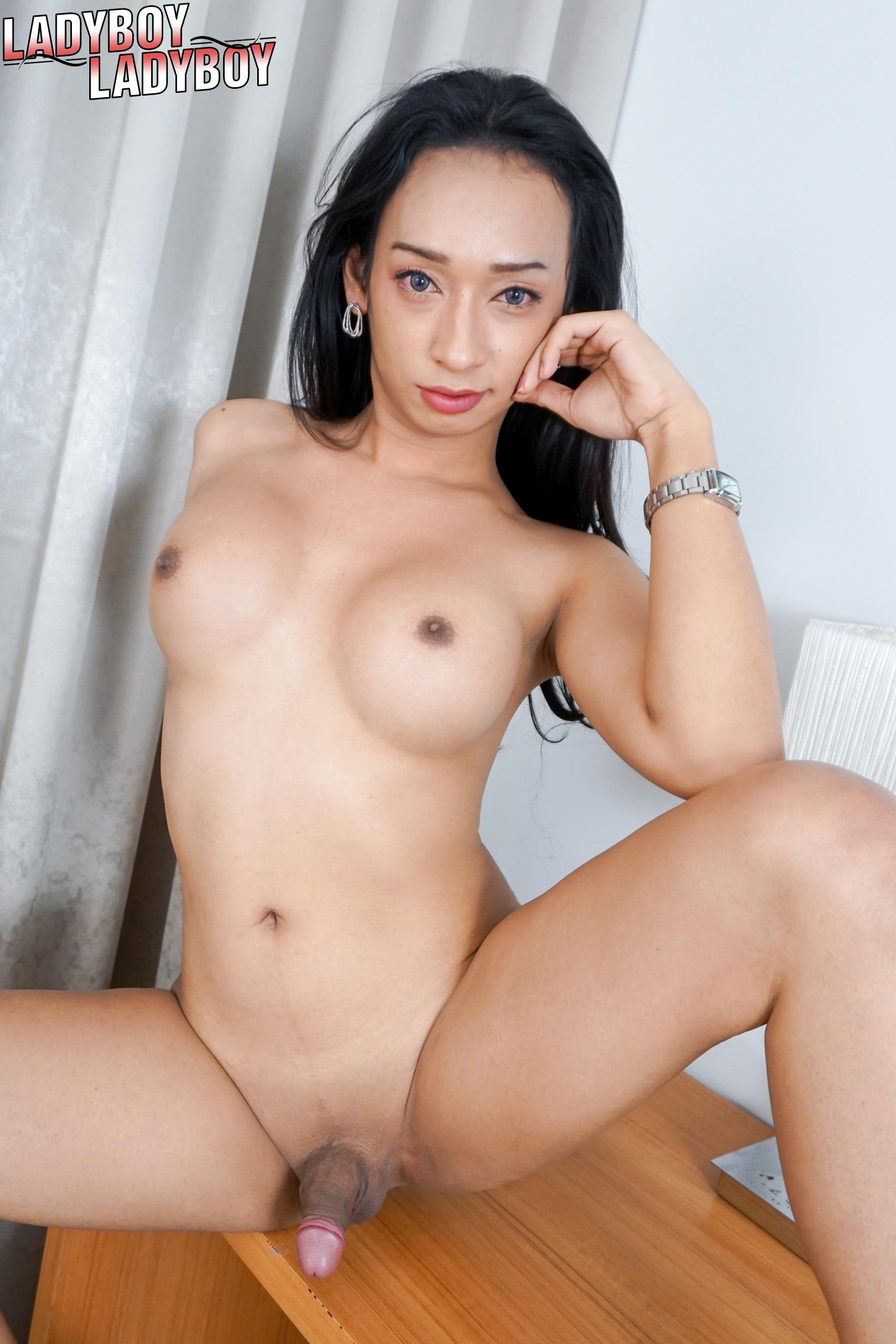 Porn Pics & Moveis Girls underwear upskirt