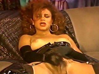 Fetish ladyboy wanks her dick
