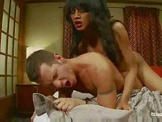 Longhaired ladyboy drills chap asshole