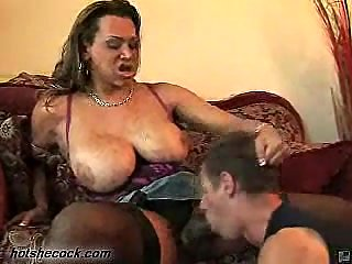 Tranny With Huge Tits In Oral Fuck