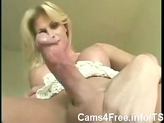 Milf trans jerking for selfsatisfaction