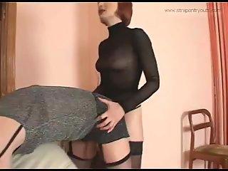 Girl With Big Strapon Fucks A Tranny