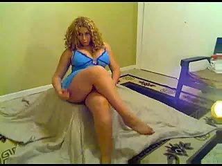 BBW Tgirl webcam posing scenes