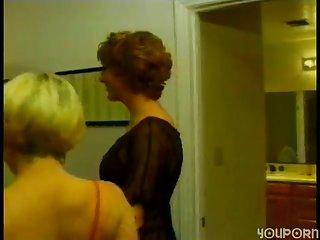 Hot vintage threesome copulation