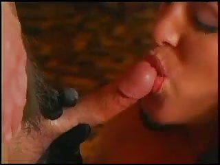 Vintage tranny is too hot bitch
