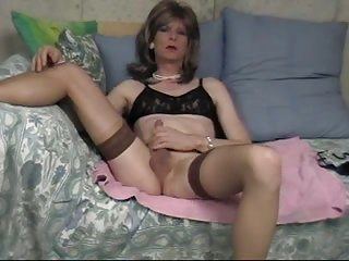 Amateur CD in cute lingerie