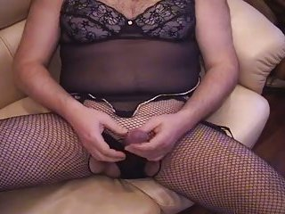 CD in lingerie wanks and cums