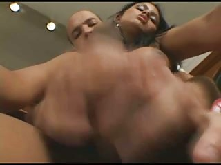 Titty latina gets amazing handjob