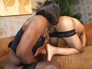 Black crossdresser drills my ass
