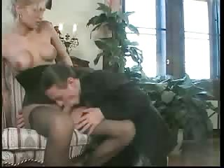 Nasty Tranny Gets Her Tight Ass Stretched