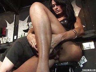 Mistress Fabias Feet and Cock Worship
