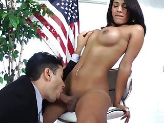 Pleasant blowjob for a busty shemale tart