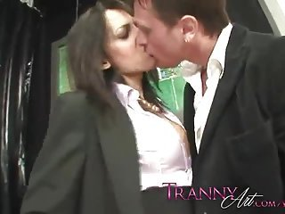 Tranny in pantyhose uses a guy for her satisafction