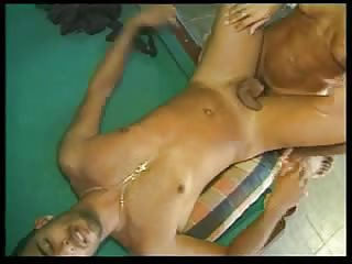 Blonde Ts fucks a naked guy