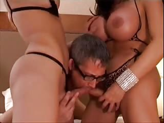 Two brunette trannies fuck with guy