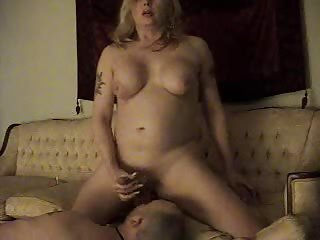 Homemade fuck from a blonde tranny girl