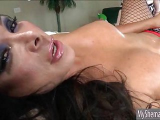 Tart Jessie Parker fucks babe Vanity