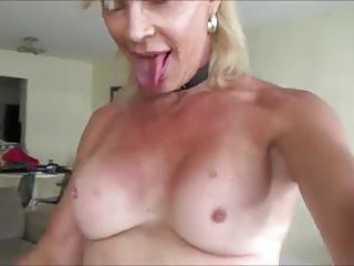 Amateur fuck with a blonde  tranny chick
