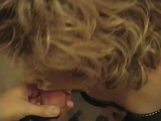 Andi's gurlfriend takes a load on her face