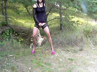 Anna Agatha public nature cum