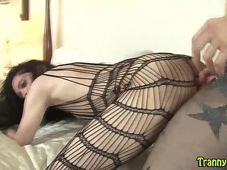 Webcam girlfacializes sissy after fuck