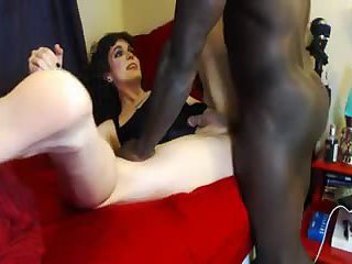 Black dong for an amateur TS
