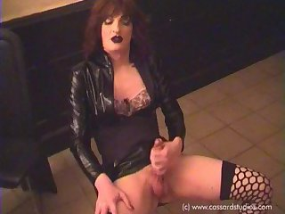 Heavy Makeup Assfuck - Part 01