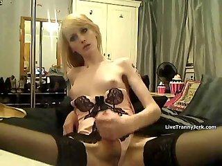 Ts Elly eats her cum
