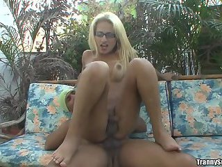 Shemale in Yellow Dress and Glasses gets properly stuffed