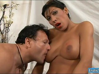 Busty tranny Daniela fucks dude in ass