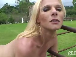 Titty blonde in outdoor sex session